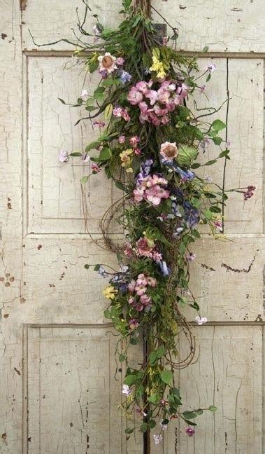 door swags dried flower swag   country primitive door