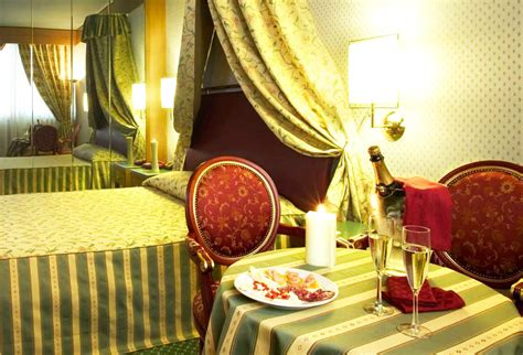 weekend romantico con vasca idromassaggio in con idromassaggio tutto su ispirazione design casa