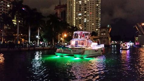 boat light up fort lauderdal christmas lagoon power 43 at winterfest boat parade lights new river ft lauderdale boats
