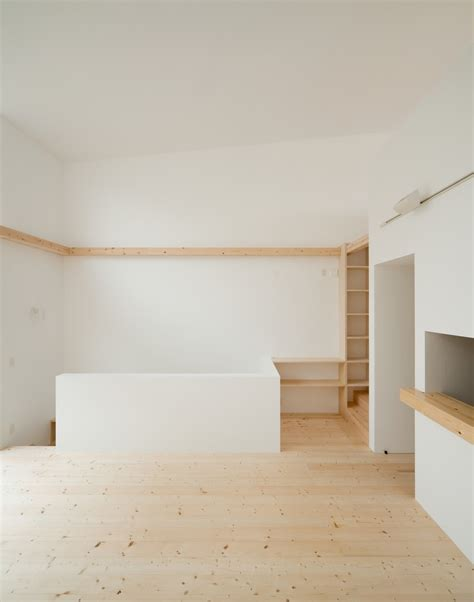 japanese minimalism minimalist japanese residence enhancing a narrow site