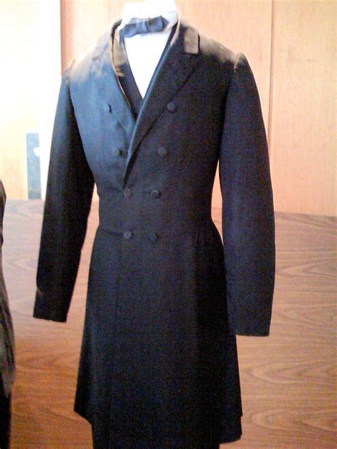 abraham lincoln suit lincoln