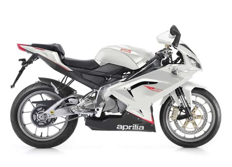 125ccm Motorrad Aprilia Rs 125 by Aprilia Rs 125 Racing Test Gebrauchte Bilder