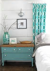 Diy Modern Home Decor Lots Of Decorating Inspiration In This Diy Master Bedroom Decorated In A Modern