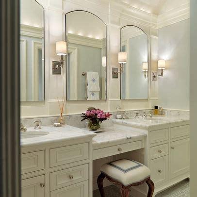 sit vanity the bathroom