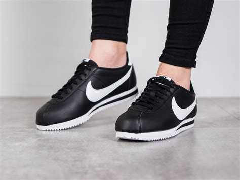 Nike Sneakers S s shoes sneakers nike wmns classic cortez leather