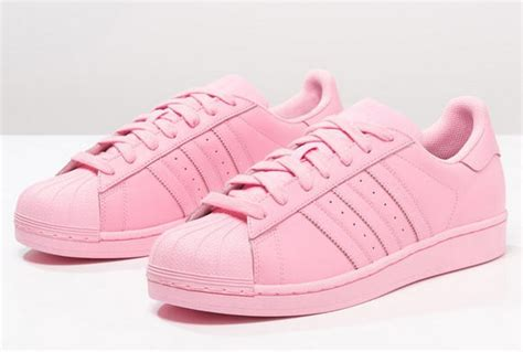 all light pink adidas adidas originals supercolor superstar baskets basses light