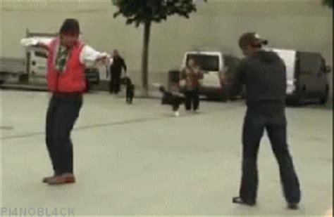 imagenes comicas de karate karate gif find share on giphy