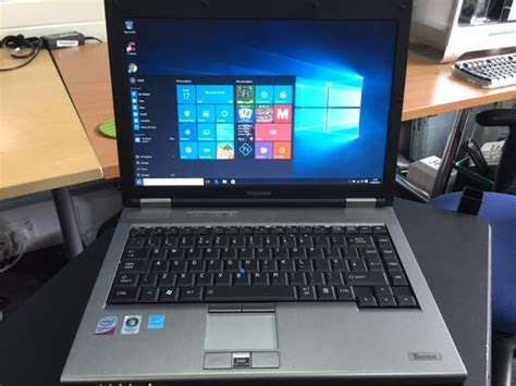 toshiba windows 7 laptop tipton wolverhton