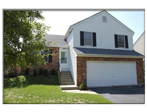 1008 westfield course geneva illinois 60134 home for rent