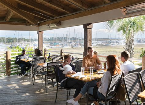 17 coastal kitchen seafood and bar st simons island atlanta magazine