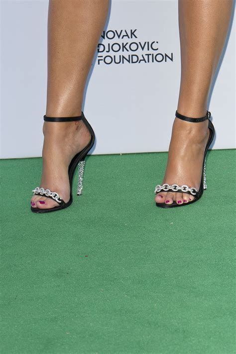 Short Valance Holly Valance S Feet