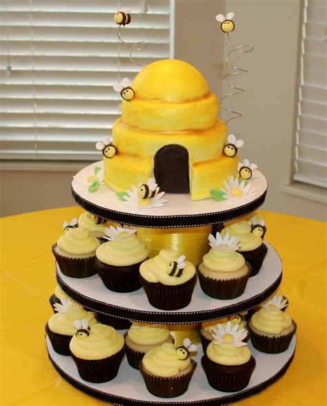 bumble bee cupcake tower cakecentral