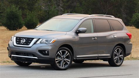 nissan reviews review 2017 nissan pathfinder
