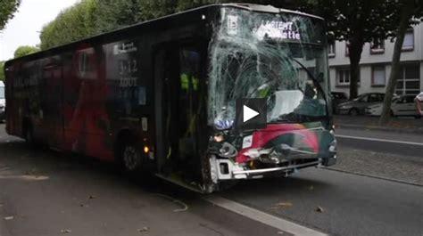 lorient deux bus se percutent 4 bless233s