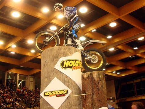 Trial Motorrad Wm bolzano 09 indoor trial wm motorrad fotos motorrad bilder