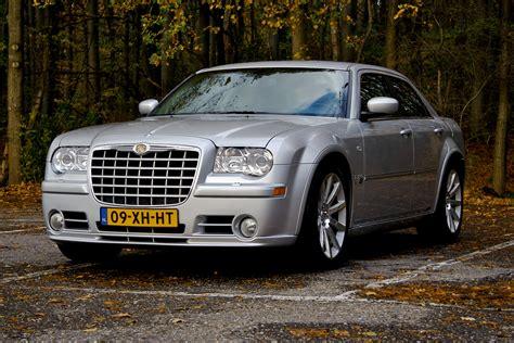 chrysler 300c srt rijtest chrysler 300c srt 8 autoblog nl