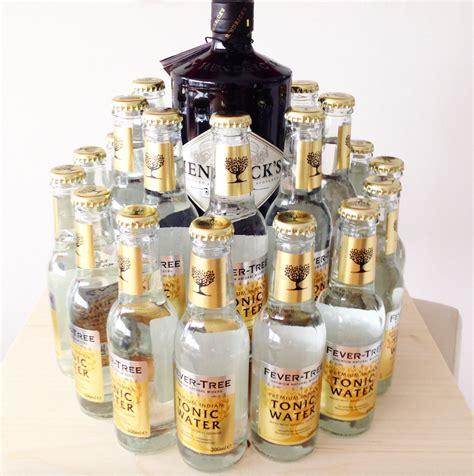 Alkohol Geschenke Basteln by Hochprozentige Geburtstagstorte Gin Tonic Vodka Redbull