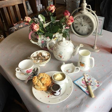 mad hatters tea room mad hatters tea room sedbergh omd 246 om restauranger tripadvisor