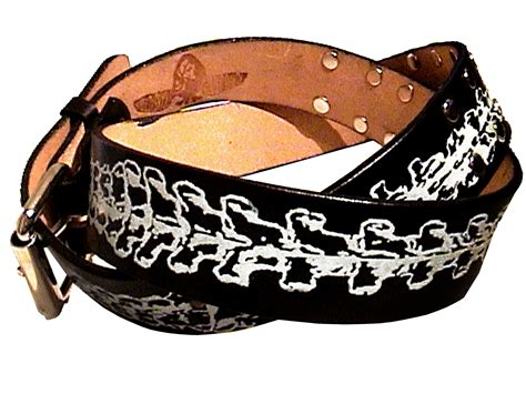 buy a custom vertebrae leather belt made to order from