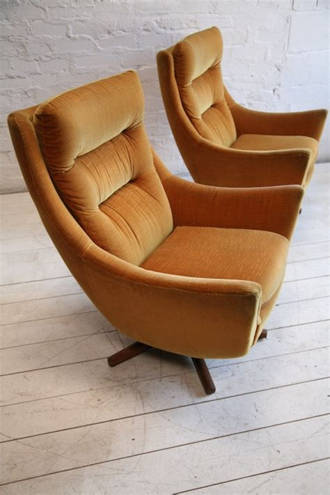 parker knoll armchair 1960s swivel chairs by parker knoll cream and chrome