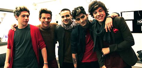 one direction gif find share on giphy one direction gif find share on giphy