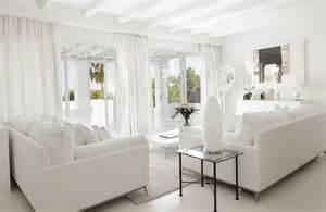 Charmant Salle De Bain Montagne #2: maison-immobilier-ibizi-real-estate-salon-blanc.jpg