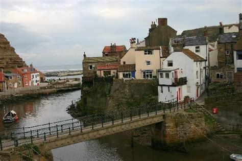 Cottage Staithes by Staithes Pictures Traveller Photos Of Staithes