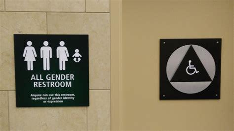 Transgender Bathroom Rights Access A U S Political States Across Us Follow Nc S Lead On Transgender Bathrooms