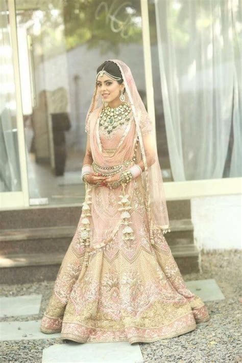 Best 30 White And Gold Indian Wedding Dresses   Best