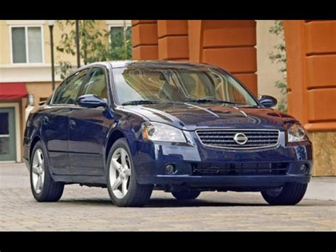 how much is a used nissan altima sell 2005 nissan altima in cincinnati ohio peddle