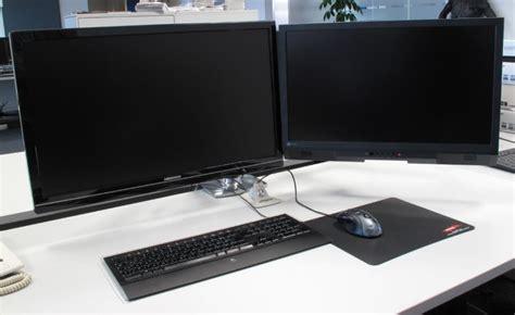 2 schreibtische nebeneinander ergotron lx montagearm f 252 r 2 monitore nebeneinander im
