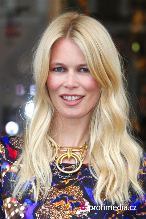 hairstyles for front cowlicks claudia shiffer claudia schiffer hairstyle easyhairstyler