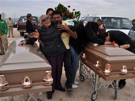 funerales delos gruperos mexicanos famosos tumbas de narcotraficantes mexicanos en sinaloa