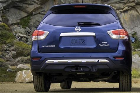 how many seats does a nissan x trail compare ford escape and nissan x trail autos post