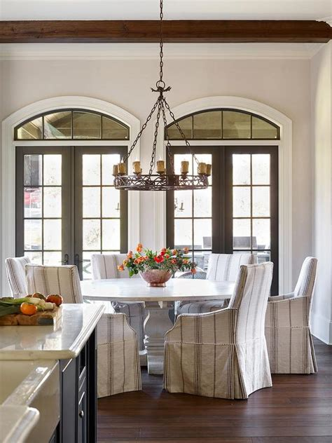 Dining Table In Front Of Doors Dining Table In Front Of Windows Design Ideas