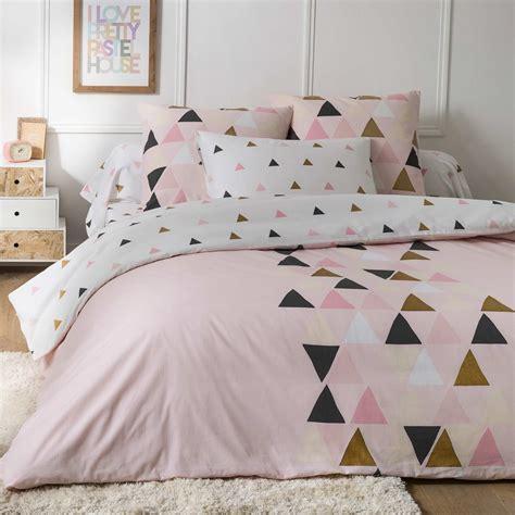 parure de lit hello 2 personnes parure de lit 224 motif triangle linge de lit kiabi 25 00