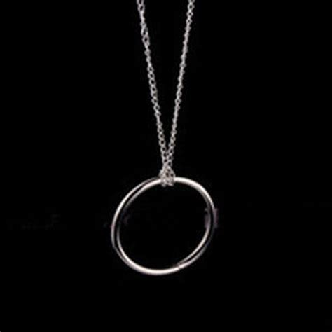 Gimmick Sulap Ring Chain Magic Ring And Chain Cool Magic Trick Props Metal Knot