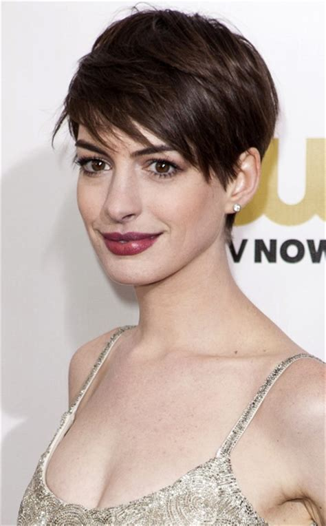 Hairstyles: Anne Hathaway ? Short Hairstyle with Spiky