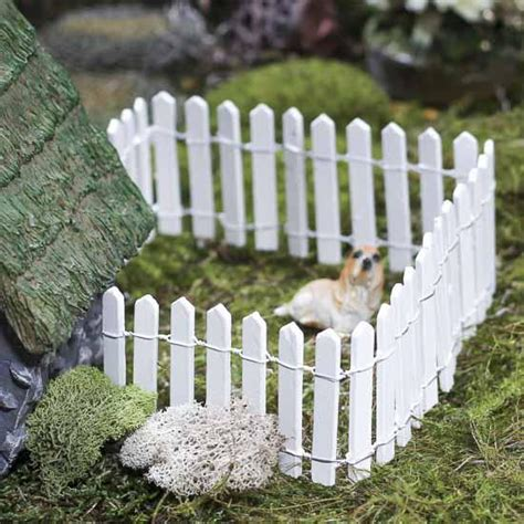 miniature white wood picket fence whats  dollhouse