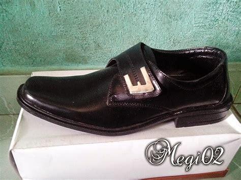 Fresh New Sepatu Sepatu Wanita Kets Casual N Motif Bunga Sds116 Mura sepatu pantofel megido 02