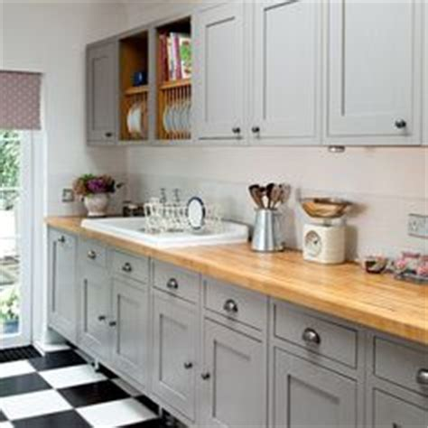 B Q Kitchen Islands 1000 Images About Kitchens From Cheap Shops On
