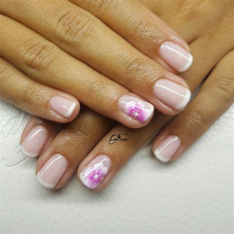 micropittura fiori nail valesoprano nails