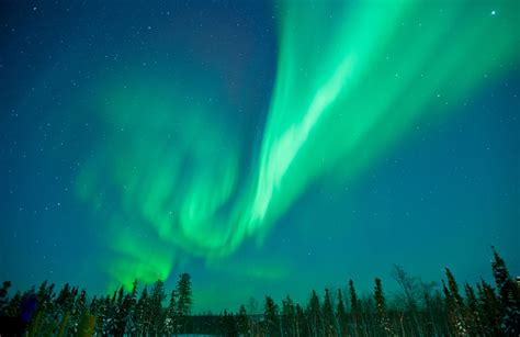 northern lights canada 2017 the best places in canada to see the northern lights