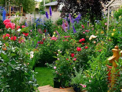 Cottage Flower Gardens Gardening Landscaping Cottage Flower Garden Ideas Flowers Garden Design Ideas Flower Garden