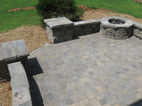 Paver Patio With Retaining Wall And Fire Pit Back Yard Paver Patio Pit