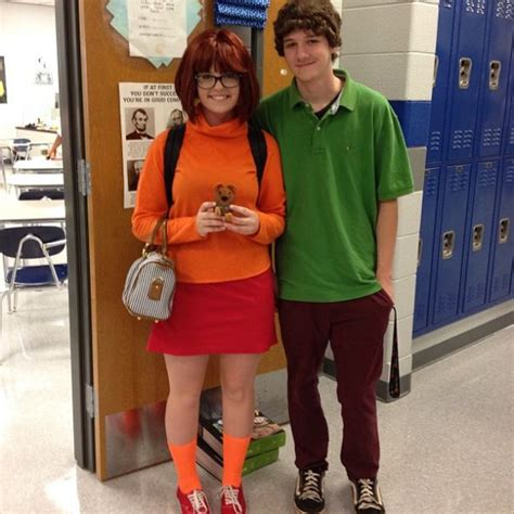 easy diy halloween costumes     minute