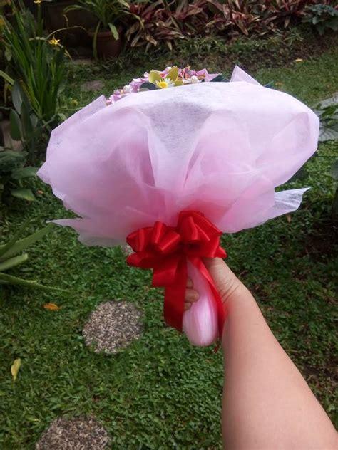 Buket Bunga Bunga Wisuda Kado Ulang Tahun Bunga Fresh jual buket bunga kertas palsu handmade kado wisuda ulang tahun hari raya melvo shop