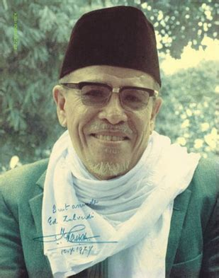 Termurah Tafsir Al Azhar Karya Buya Hamka 9 Jilid biografi haji abdul malik karim amrullah hamka