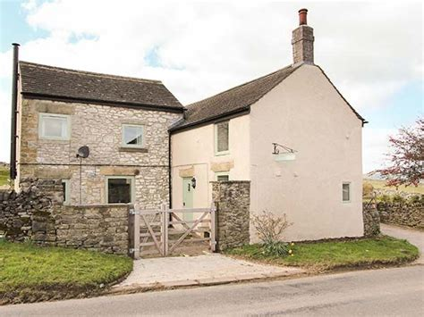 galena cottage pet friendly with open fire in tideswell