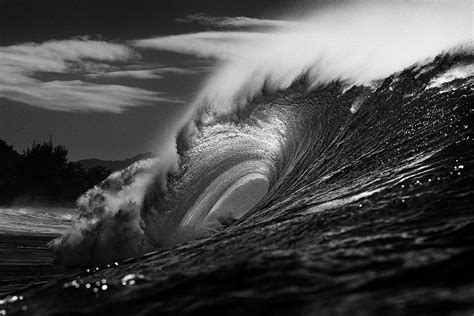 black and white wave wallpaper streamer co il aaron chang the art of surfing photography